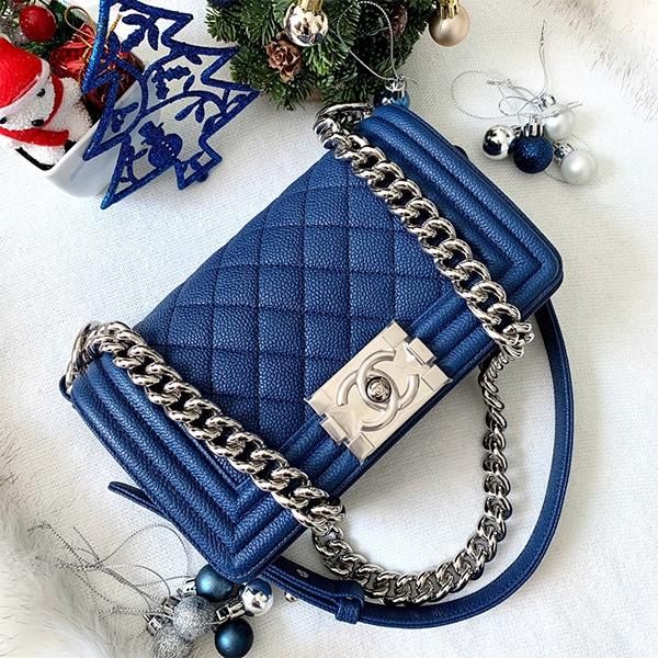 """กระเป๋า chanel boy 8"""" blue สวยมาก"""